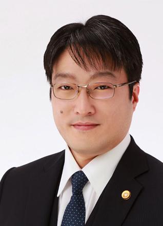 弁護士 山﨑慶寛